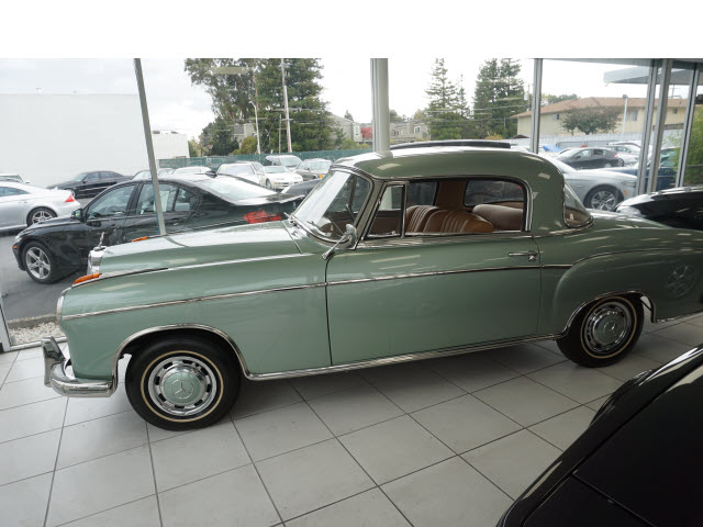 1960 mercedes benz 220 blue 14k miles blue 1960 for Mercedes benz san mateo