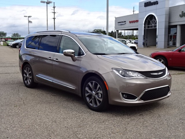 2017 CHRYSLER PACIFICA LIMITED LIMITED 4DR MINI-VAN 36L 6 CYLINDER SEQUENTIAL-PORT FI NOT SP
