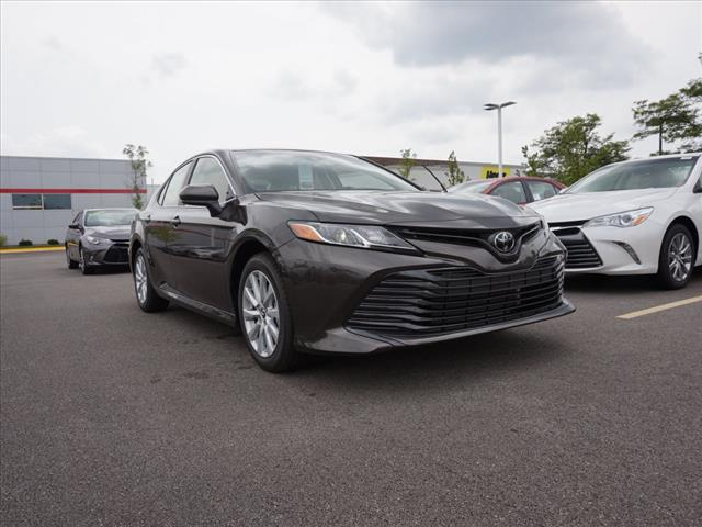 2018 Toyota Camry LE–180030