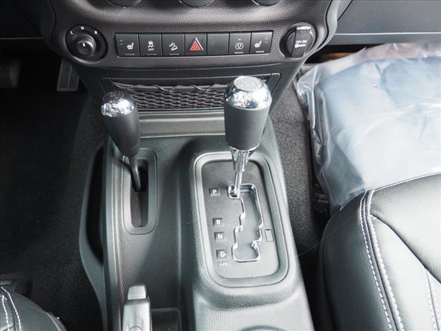 2018 Jeep Wrangler Sport S:JL821017