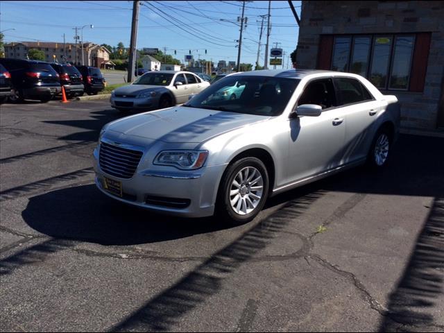 2012 Chrysler 300 Base – P0733