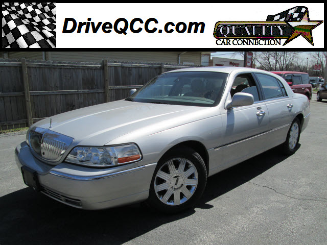 2003 Lincoln Town Car For Sale In Griffith Indiana 81649951