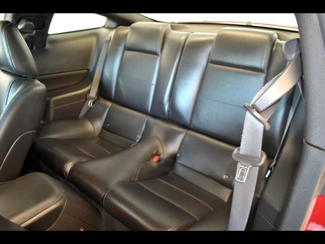 2009 Ford Mustang V6 Deluxe:95129915