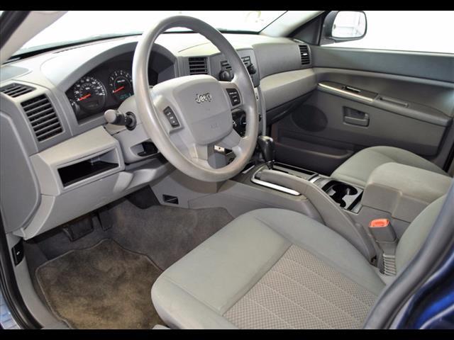 2005 Jeep Grand Cherokee Laredo:5C568738