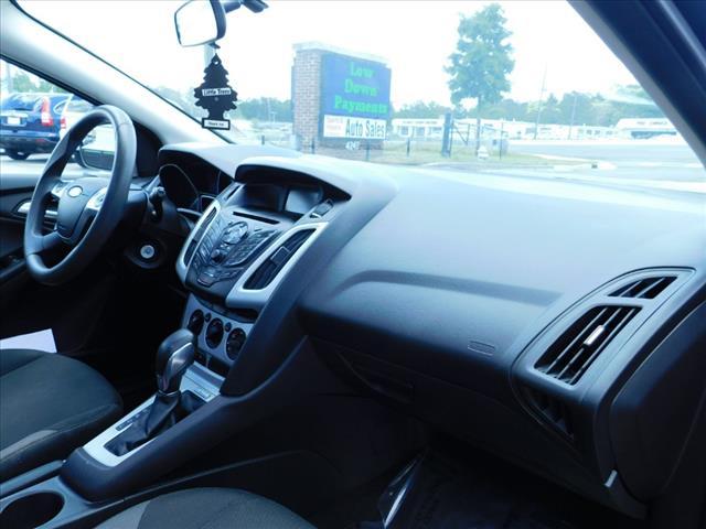 2014 Ford Focus SE:EL167950