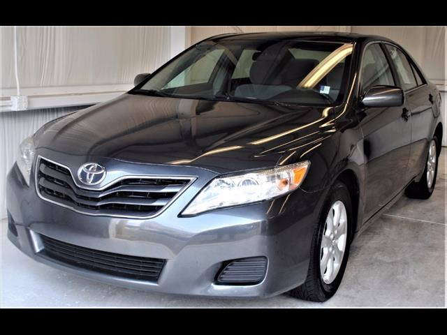 used 2010 toyota camry le sedan for sale au062558 buford ga sports and imports. Black Bedroom Furniture Sets. Home Design Ideas