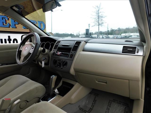 2011 Nissan Versa 1.8 S:BL363007