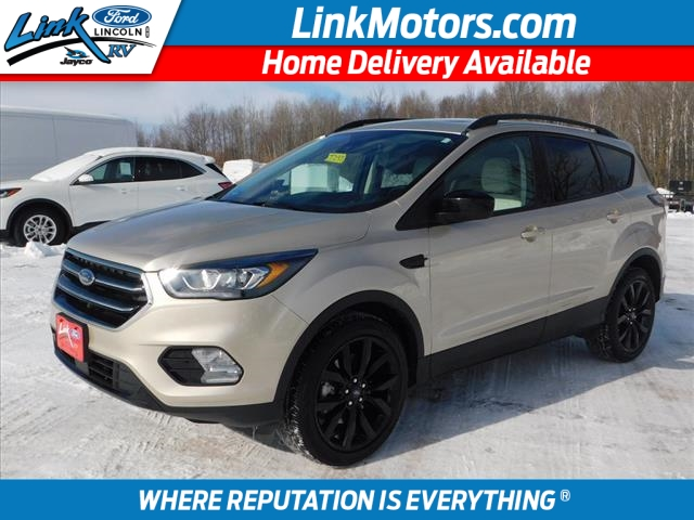 New Gold 2018 Ford Escape SEL