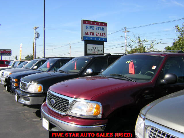 Star Auto Sales >> Five Star Auto Sales Used Car And Truck Dealer In Biddeford