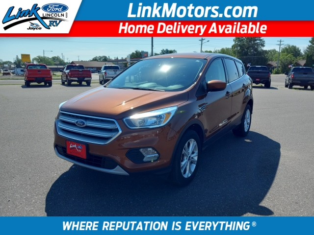 Brown 2017 Ford Escape SE