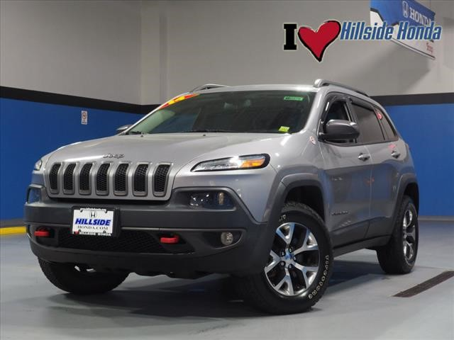 used 2014 Jeep Cherokee car, priced at $19,924